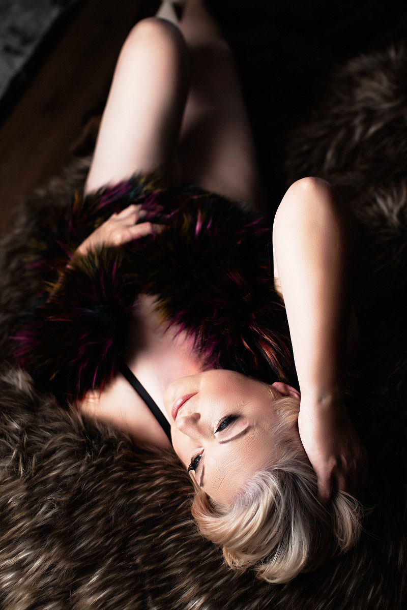 Female Photography, boudoir photography, boudoir pictures, boudoir photos